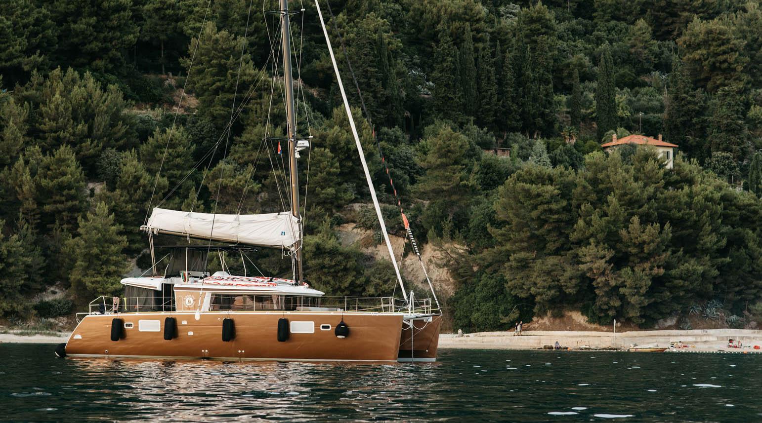 Charter / Catamaran-Charter - Lagoon 450 / Classic Adria